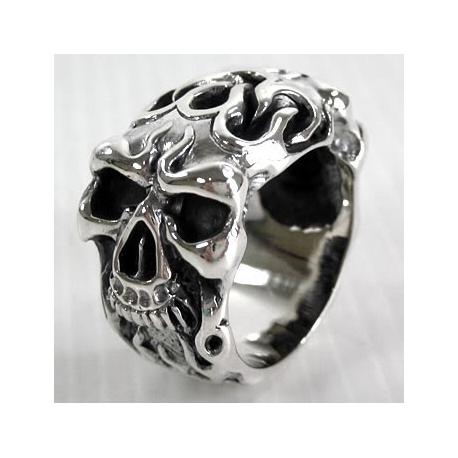 Кольцо мужское с черепом