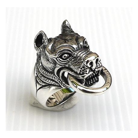 """Красивый перстень """"Питбуль с кольцом"""""""