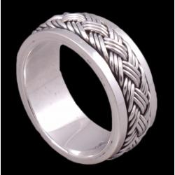 Кольцо с вращающейся серединой