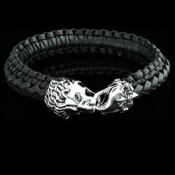 Кожаный браслет со львом