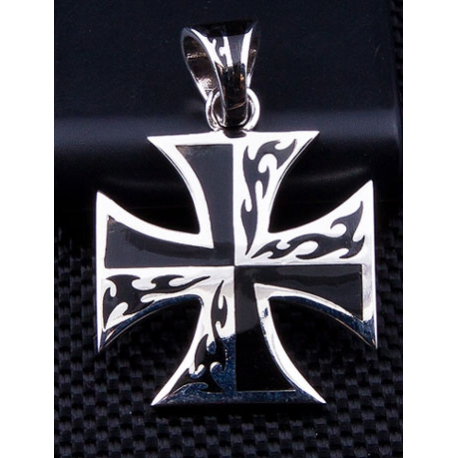 "Кулон ""Мальтийский крест"""