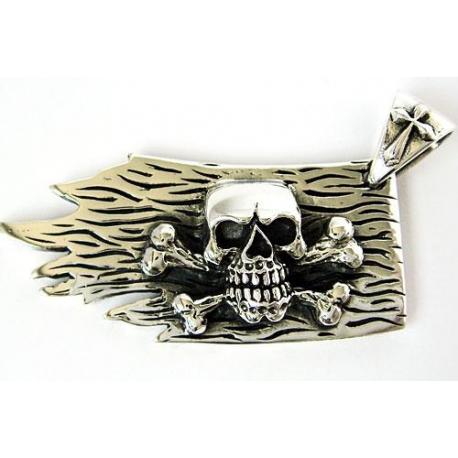 "Кулон ""Пиратский Флаг"""