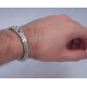 Плетенный браслет с узорами