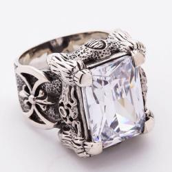 """Перстень """"Когти Дракона"""" с бриллиантом"""