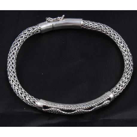 """Плетенный браслет """"Змея"""""""